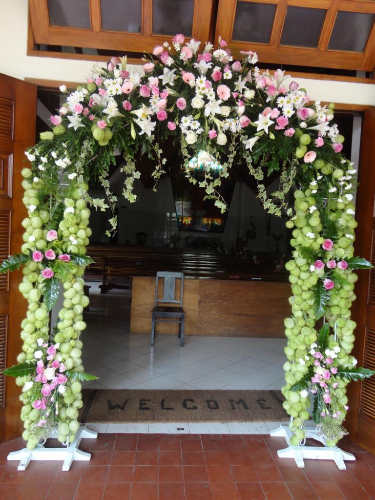 Dekorasi Wedding Di Gereja Toko Bunga Di Purwokerto Rina